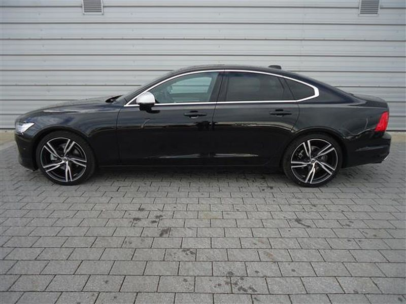 Volvo S90 D4 R-Design Auto (20' Alloy Wheels, Xenium Pack)